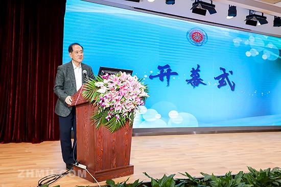 中国科学技术学会名誉主席、中国科学院院士韩启德